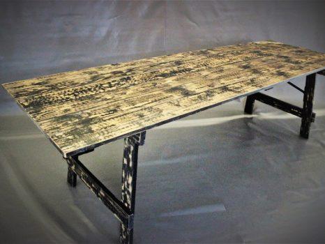 starodavny-stol-4